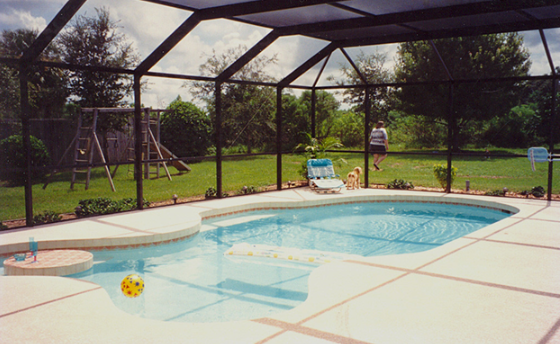 Important Advantages of Swimming Pool Screen Enclosures - GWI-NC